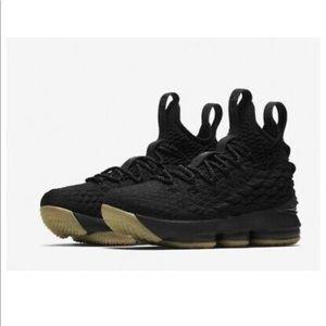 New Nike Lebron XV GS Size: 6.5Y (WMNS Sz 8)